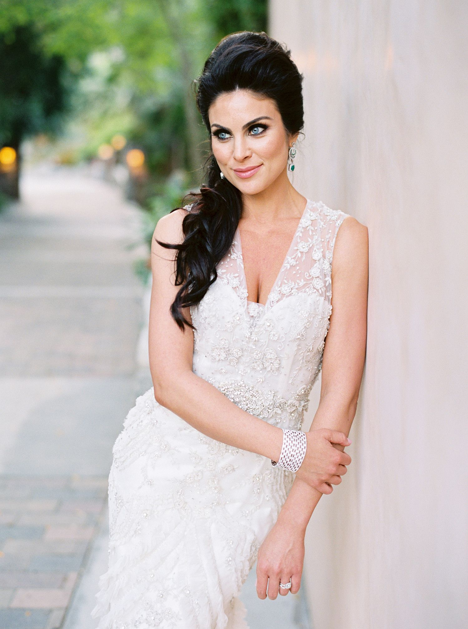 The Best Hairstyles for Every Wedding Dress Neckline | Side swept ...