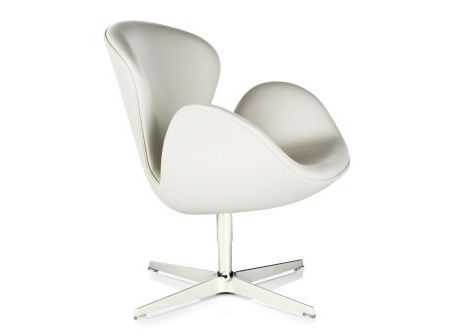 The limited edition Fritz Hansen Swan armchair in elegant white leather upholstery with pearl white base (and bracelet in sterling silver). Beautiful.
