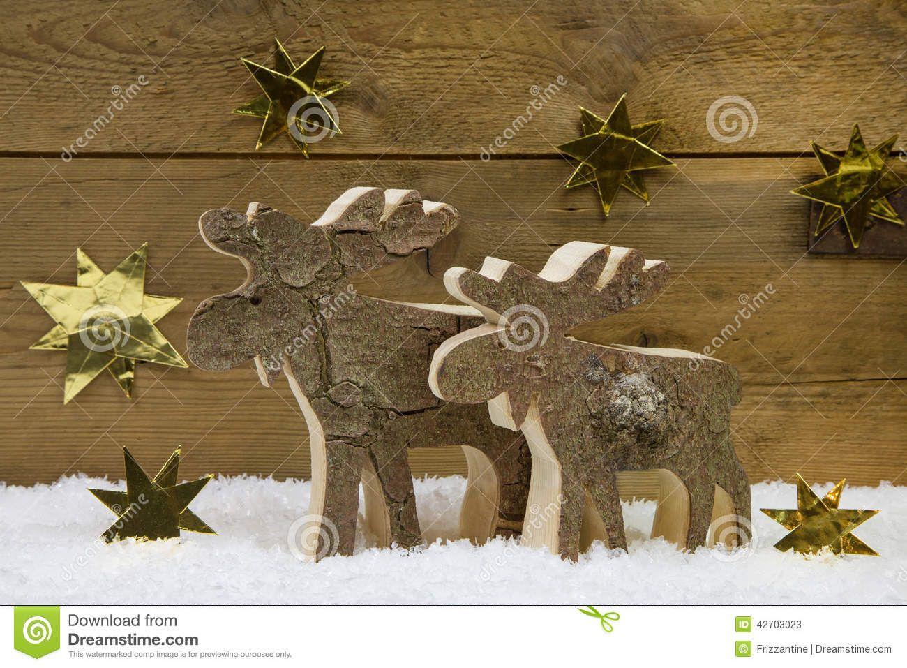 Renne Deux Fait Main En Bois Pour La Décoration De Noël Avec Le Natur Photo  stock