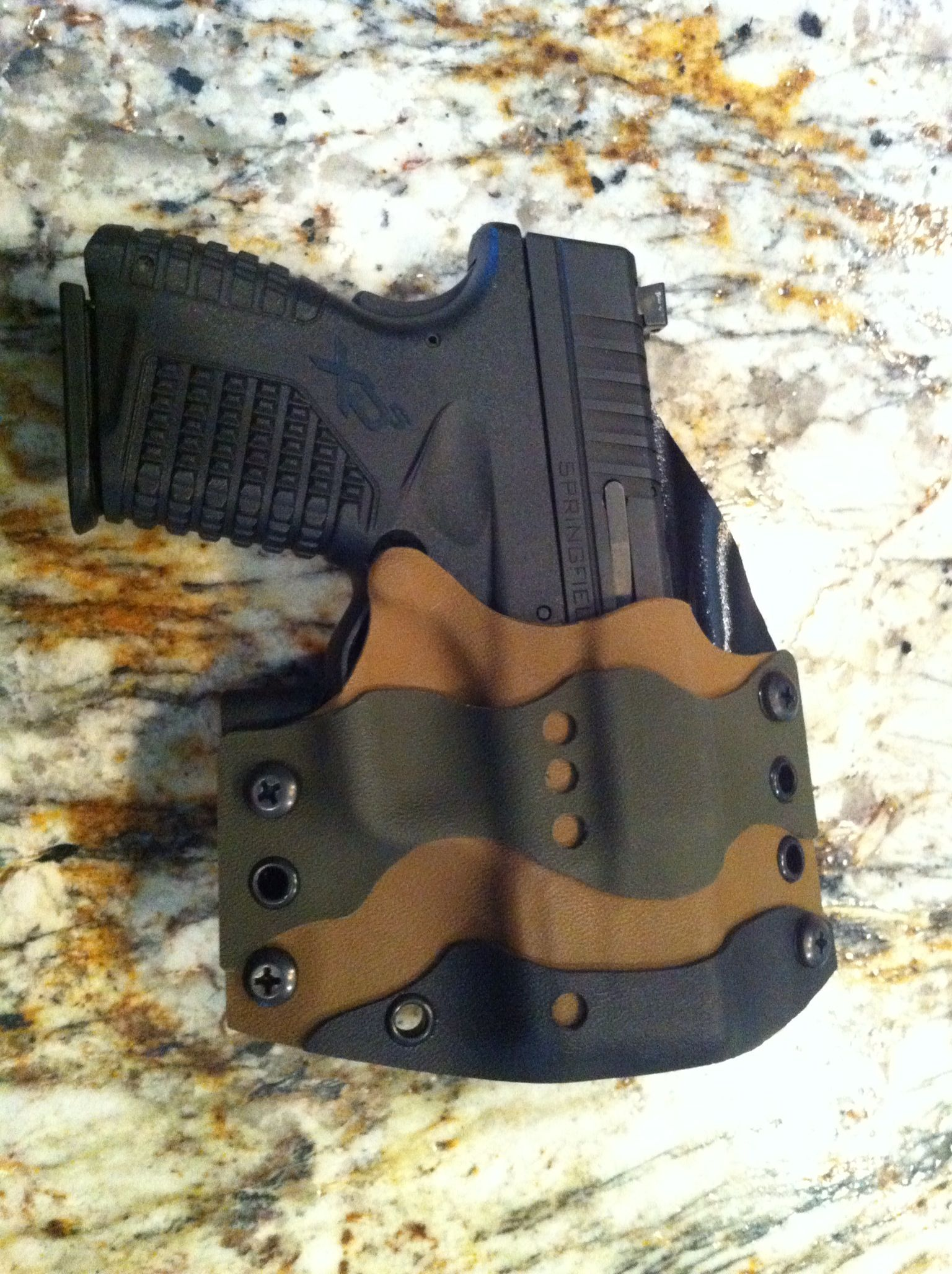 Multilayer holster.  This is a sharp design.