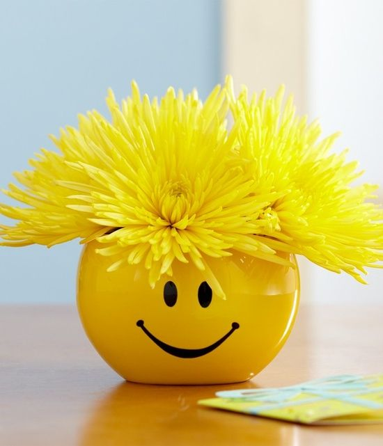 They Call Me Mellow Yellow Pinterest Smiley Face And Smileys