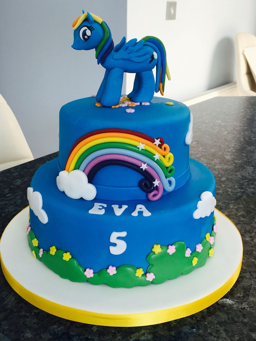 My little pony cake with rainbow dash My homemade cakes