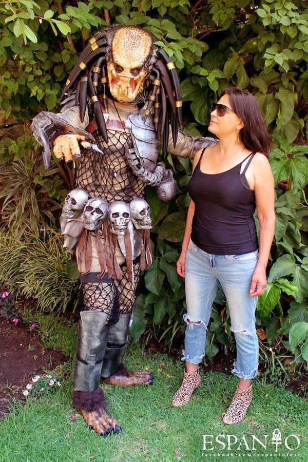 Predator Beauty Elpidia Carrillo Tames The Predator Beast | Scary ...