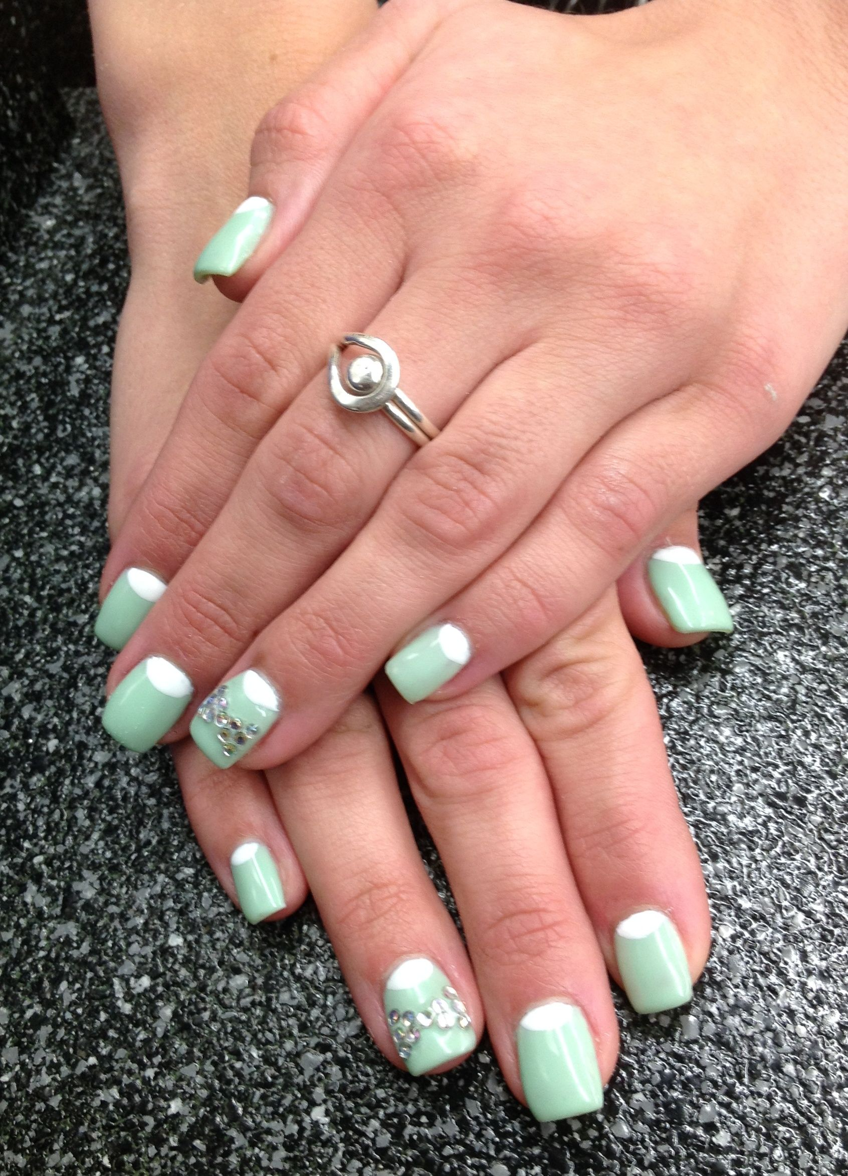 Mint green with white half moons and crystal bows gel full set ...