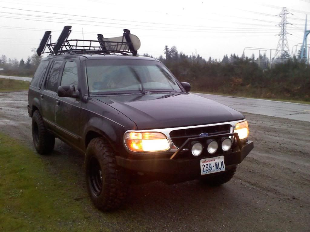 2 lift with 31 vs 32 tires conversation on exploorerforum 2 lift with 31 vs 32 tires conversation on exploorerforum dream merc mounty setup pinterest conversation tired and ford explorer sciox Image collections