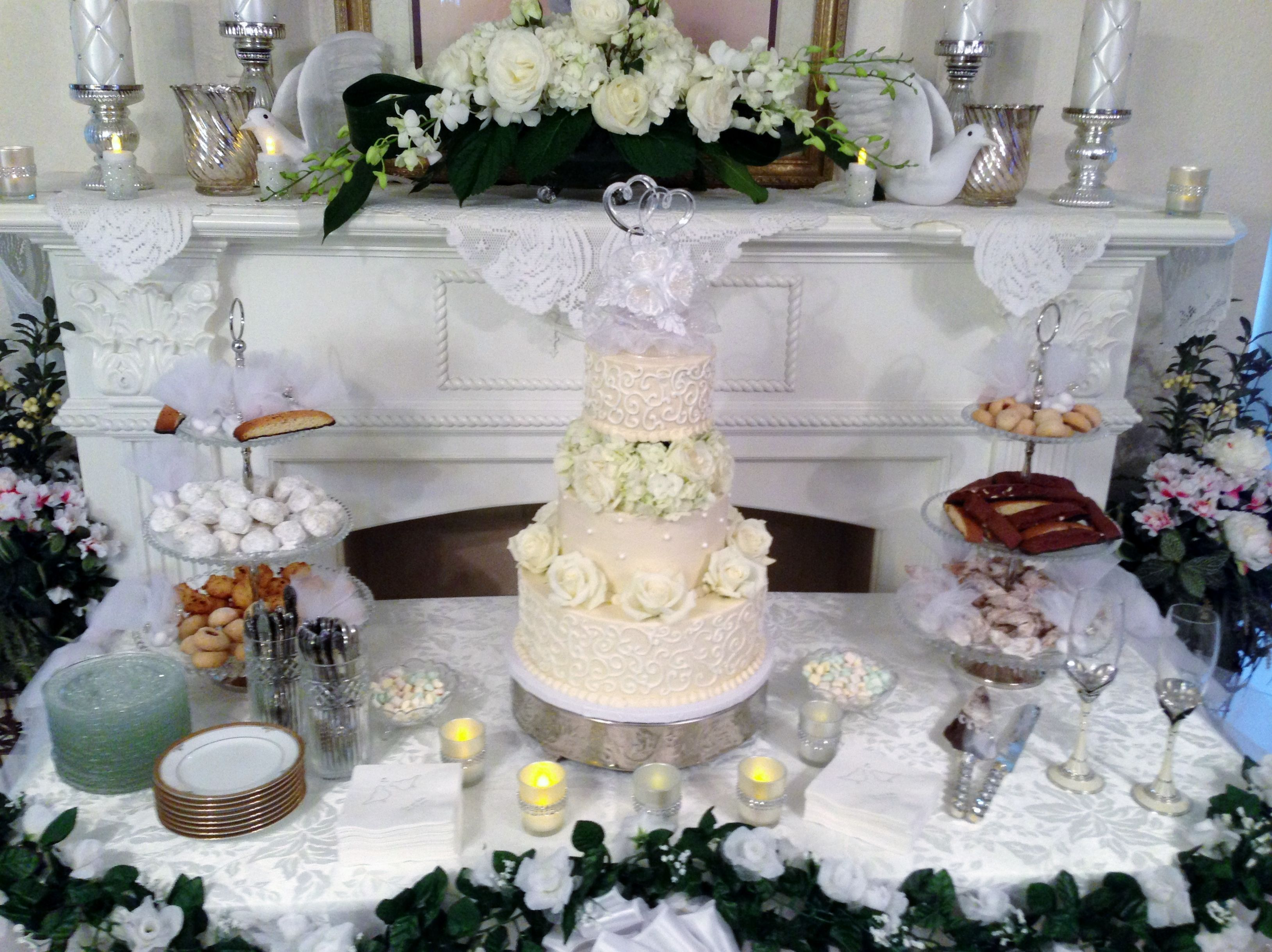 Small Wedding at Home. Chopin Mon Ami Catering & Cakes Galveston TX ...