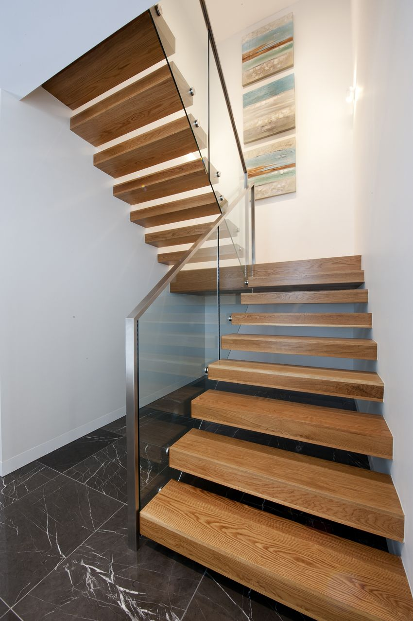 Cantilevered stair floating american oak Floating stairs