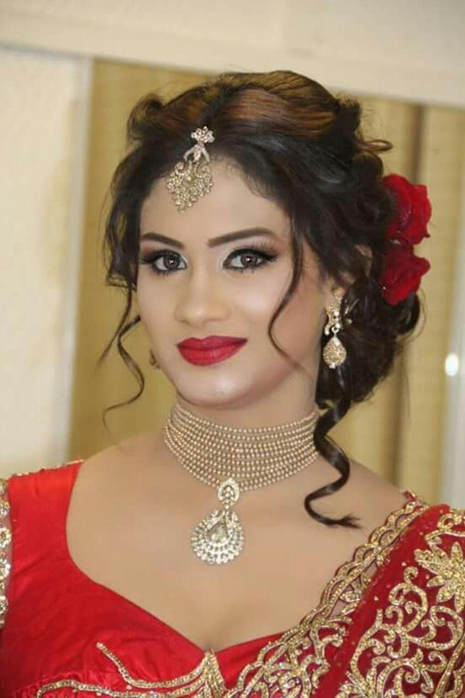 Stylish wedding hairstyle ideas for indian bride 15 Sari