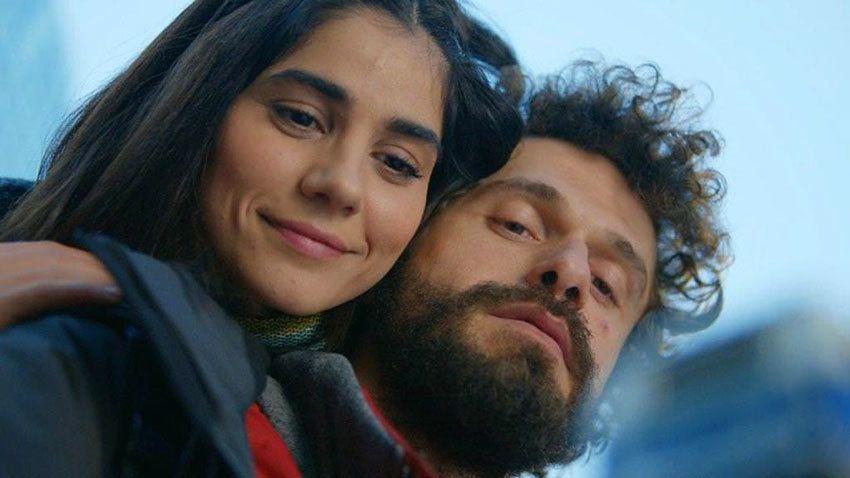 She Was Pretty Love Me Or Not Seviyor Sevmiyor Tv Series Tv Series Turkish Actors Actors