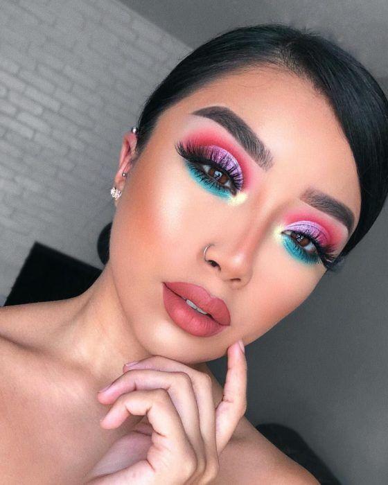Photo of 10 cuentas de youtube para aprender a maquillarte en casa paso a paso