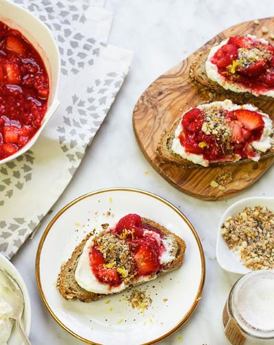 smashed berry and lavendar toasts, via @LaurenConrad