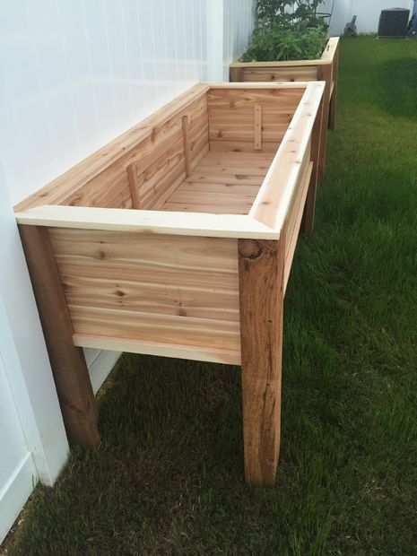 Elevated planter raised bed raised bed planters and raising for Vegetable garden table plans