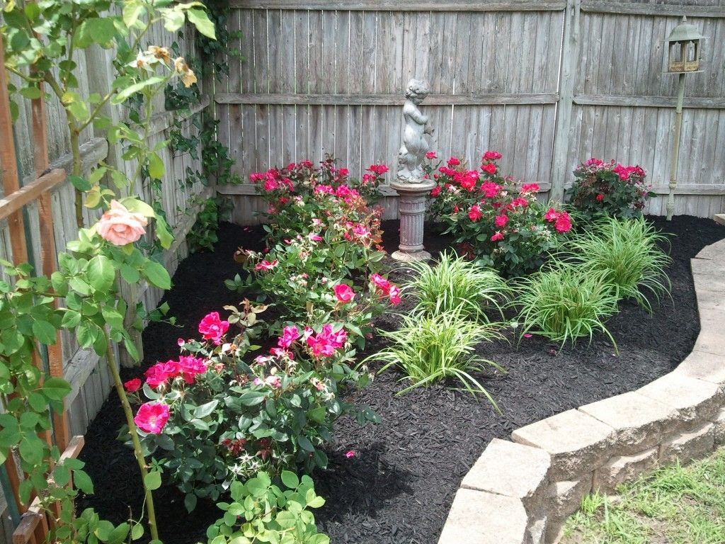 Landscaping Ideas Rose Garden : Backyard ideas corner landscaping garden knockout roses