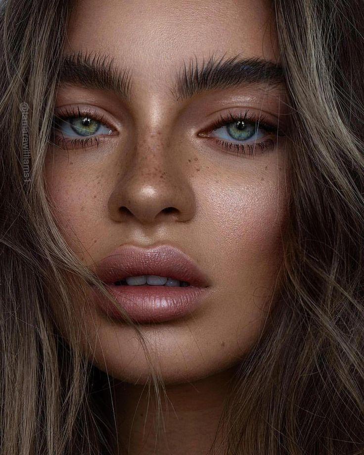 Frightened Harry Potter Makeup Brushes #makeuplove #MakeupSetBox – Katie S.