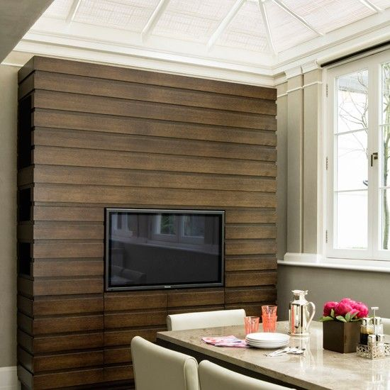 Use Reclaimed Wood To Face The Divider And Hang The Tv You Could
