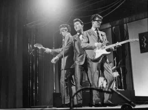 CLIFF AND THE SHADOWS' HANK MARVIN