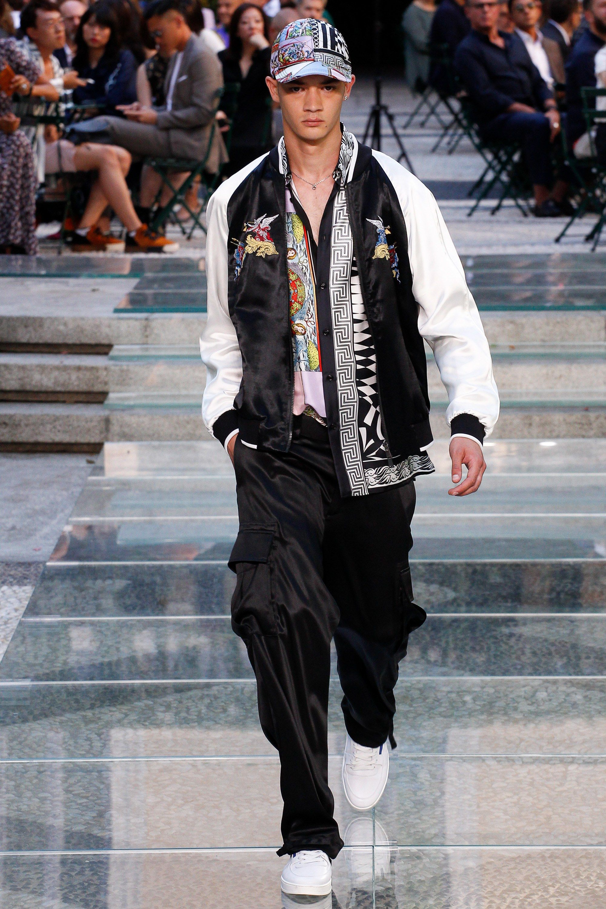 f46d414978b See the complete Versace Spring 2018 Menswear collection.