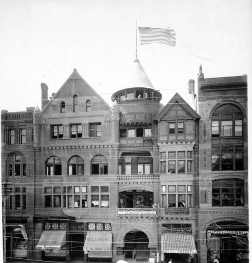 Y M C A Building On Broadway Near 2nd Street Los Angeles 1900 Photographs Historic Buildings Building Building Design