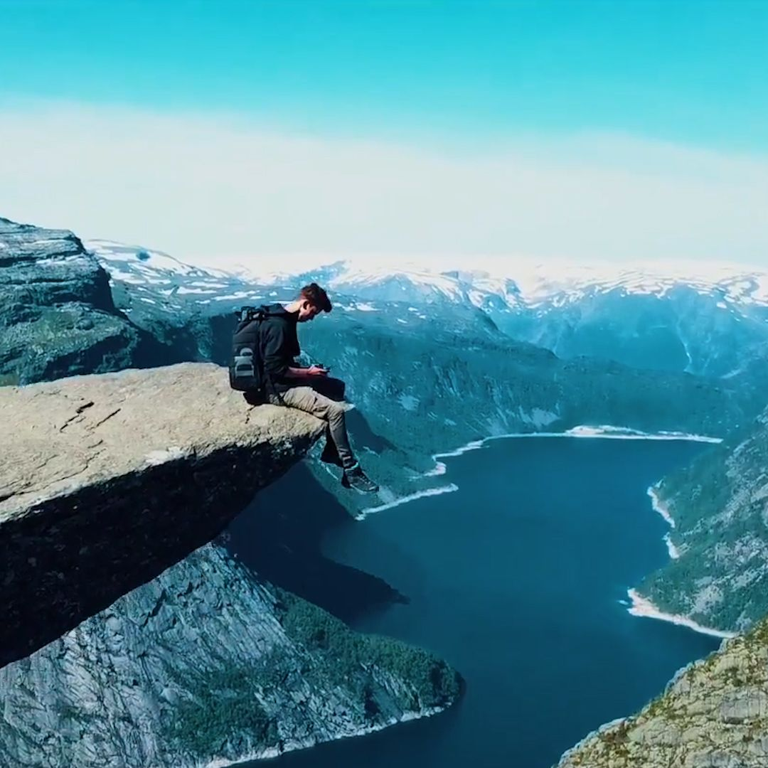 26 Jaw-Dropping Pictures Of Trolltunga, Norway's L