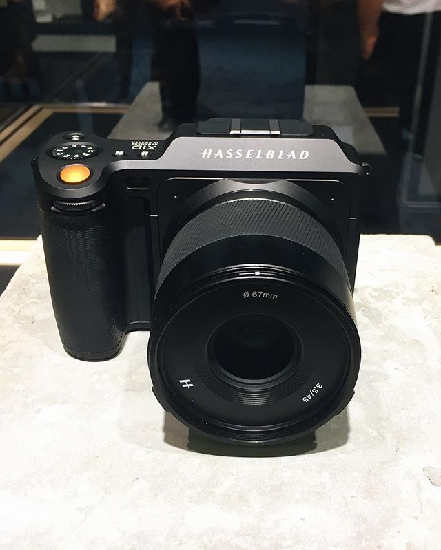 Painted black! ◾️ Hasselblad X1D (4116 Edition - on the 75