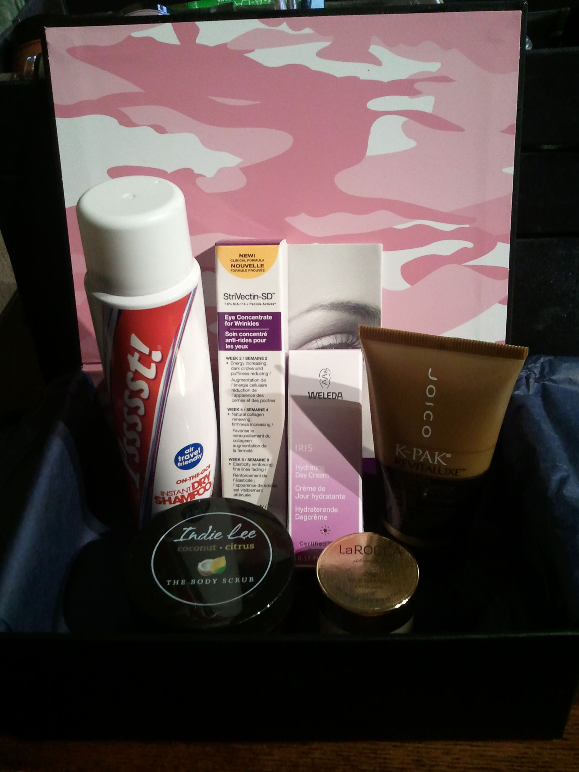 Perfect timing! @laceychrystal's 2nd Kit reported for duty just in time for her vacay to Puerto Rico! Beauty samples are perfect for travel!