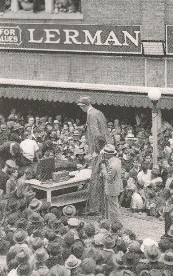 Robert Wadlow Visits Main Street In Campbellsville Ky Ca 1940