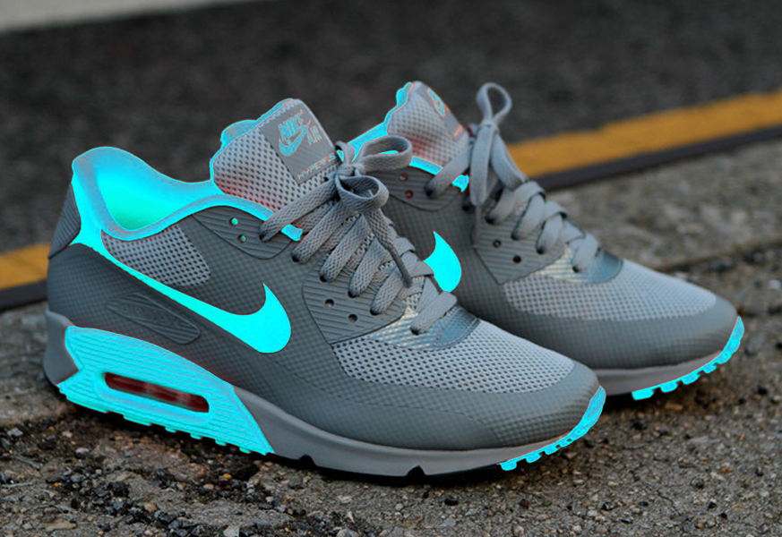 "Top 10 NikeID Air Max 90 Designs Modne trampki, Śliczne ""title = Sneakers fashion, Cute"