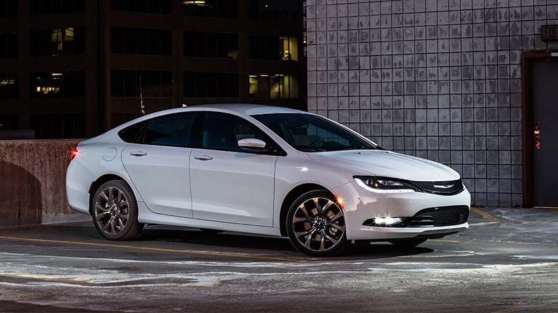 The All New 2015 Chrysler 200s Features Elegant Curves And Sharp 19