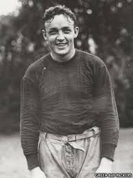 Green Bay Packers - Clarke Hinkle - Inducted to Pro Football Hall of Fame in 1964 - Played for Packers 1932 to 1941