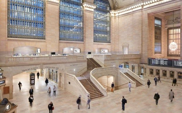 5 Most Beautiful Apple Stores From All Around The World Apple Store Design Apple Retail Store Apple Store Grand Central
