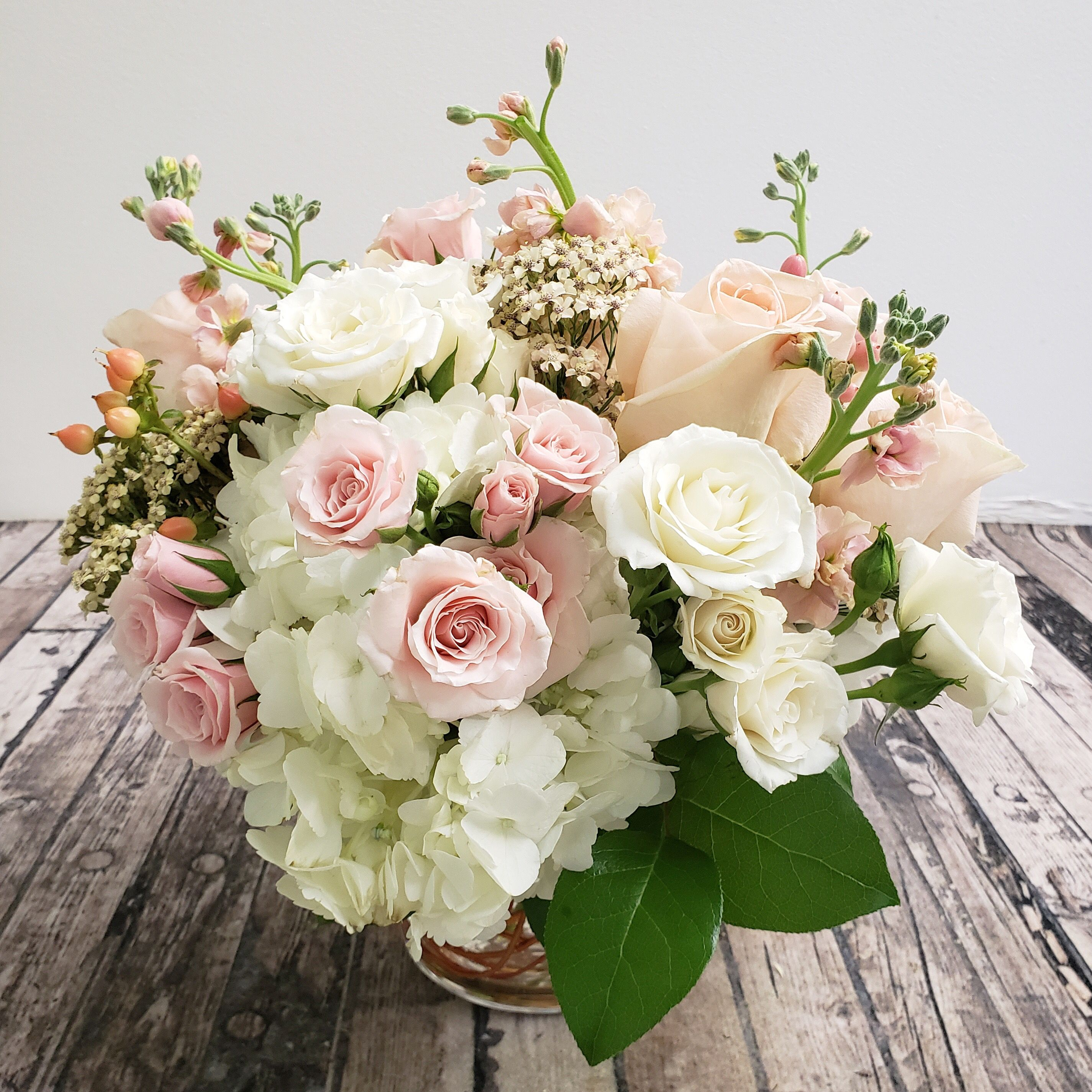 Wedding Flower Arrangement Flower Arrangements Flower Delivery Wedding Flower Arrangements
