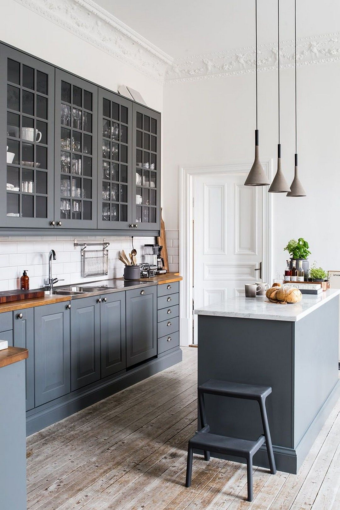 48 Simple and Modern Historic Homes Kitchen Details | Küche ...