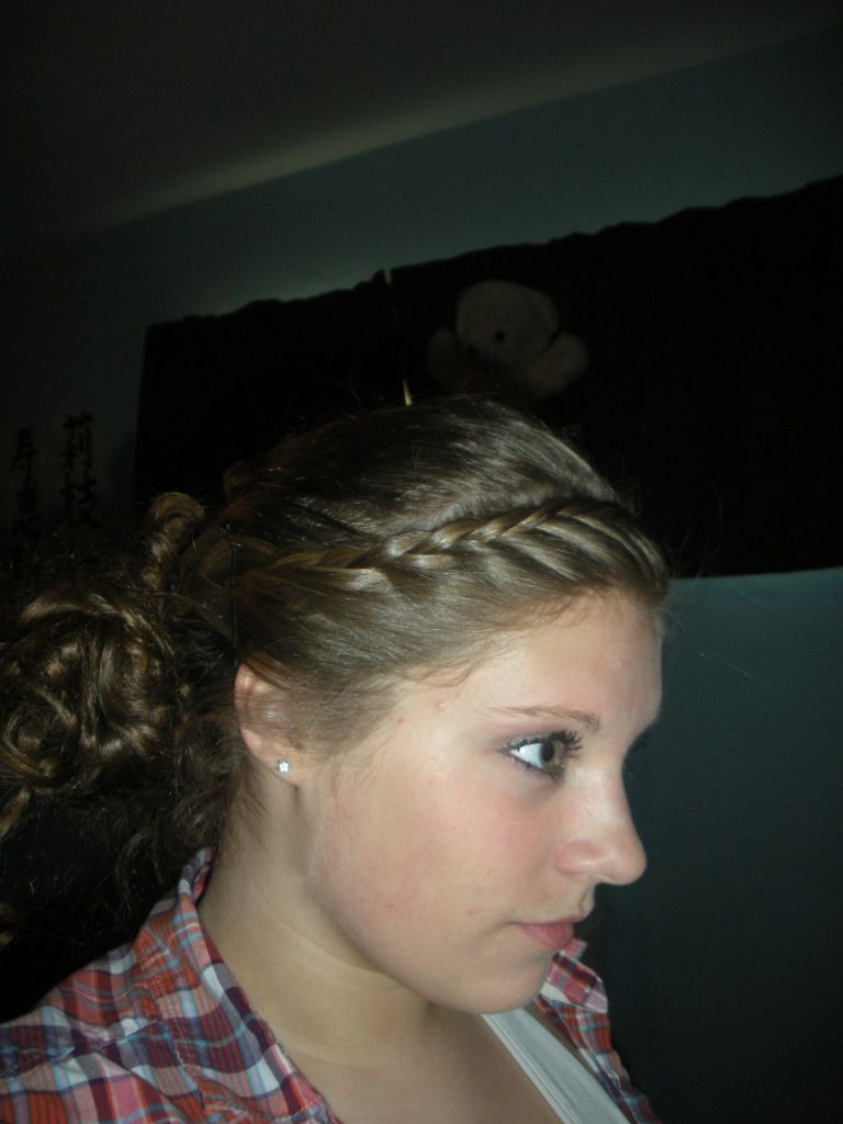 Side french braid to low side bun #lowsidebuns Side french braid to low side bun #lowsidebuns