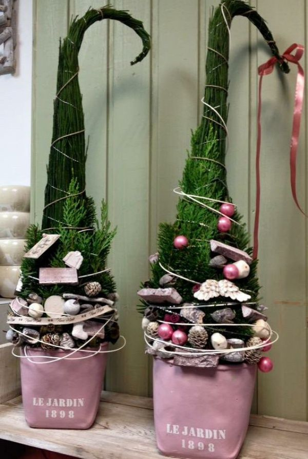 weihnachtsdeko aussen diy frohe weihnachten in europa. Black Bedroom Furniture Sets. Home Design Ideas