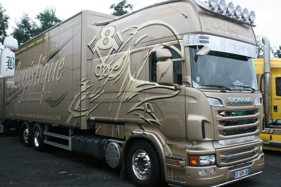 Scania longline scania pinterest semi trucks rigs for Camion americain interieur