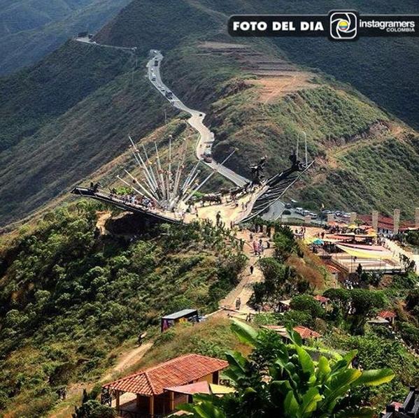 Vía @igerscolombia F O T O D E L D I A  Felicitaciones @milenosky1 Localización: Cañón del #Chicamocha #Santander #Colombia