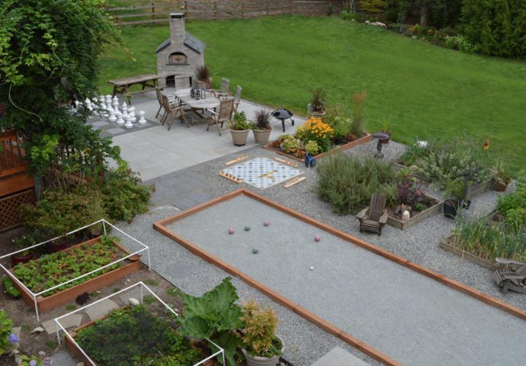 12 Outdoor Games That Children And Adults Can Play In The Garden In 2020 Spiele Im Garten Kinder Spiele Im Freien