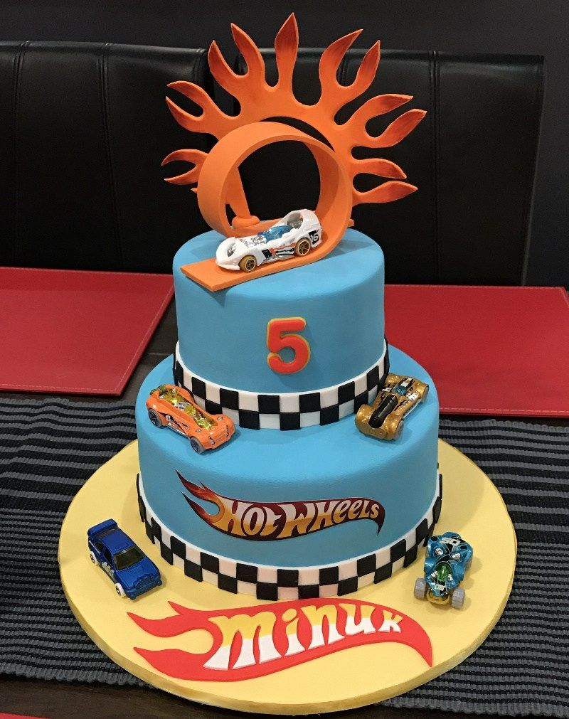 Swell 32 Great Image Of Hot Wheels Birthday Cake With Images Hot Funny Birthday Cards Online Alyptdamsfinfo