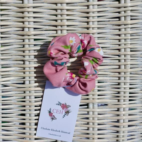 Pink Daisy Hair Scrunchie/ hair tie/ hair up do/ hair band - EtsyUK - #band #Dai...#band #dai #daisy #etsyuk #hair #pink #scrunchie #tie #hairscrunchie
