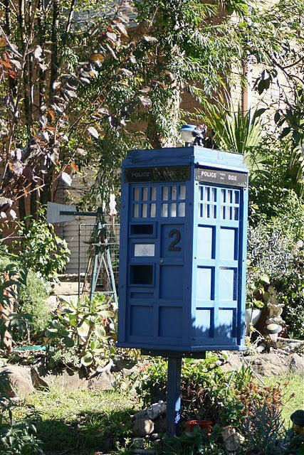 Doctorwhoandthetardis: TARDIS MAILBOX, ROOM FOR ALL THE MAIL OF THE WORLD  INSIDE, AND MORE.