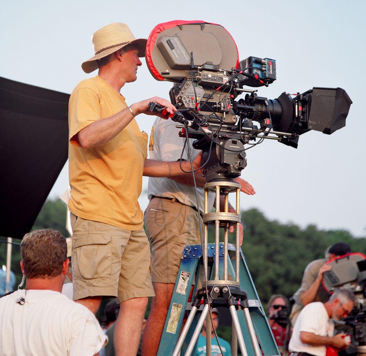 Moviecam On The Set Of Gods And Generals Maryland Film Photographer Vintage Film Camera Movie Camera Cinema Camera