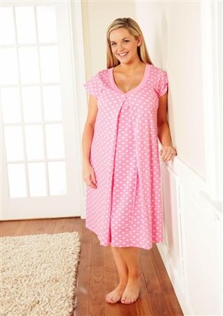 28d86e6cdfcc6 $40 Nursing Wear, Maternity Nursing, Maternity Wear, Maternity Fashion,  Maternity Style,