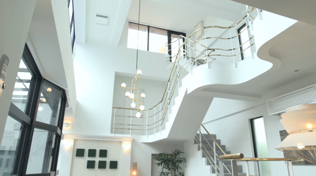 テラスハウス東京2019 住所や間取り 内装を画像で紹介 家賃の衝撃的価格とは テラスハウス 間取り 内装