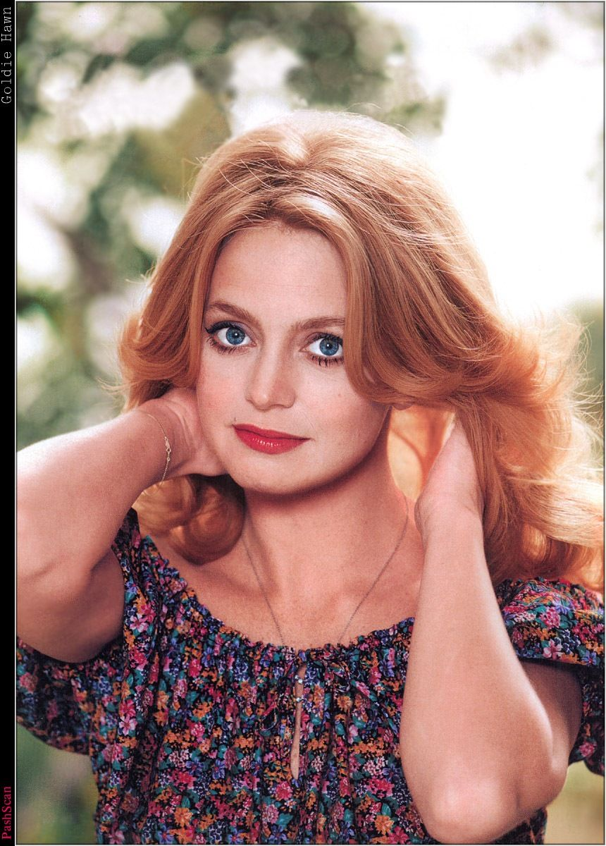 Amateur Allure Goldie goldie hawn | sandy in the sky with diamonds: celebrity