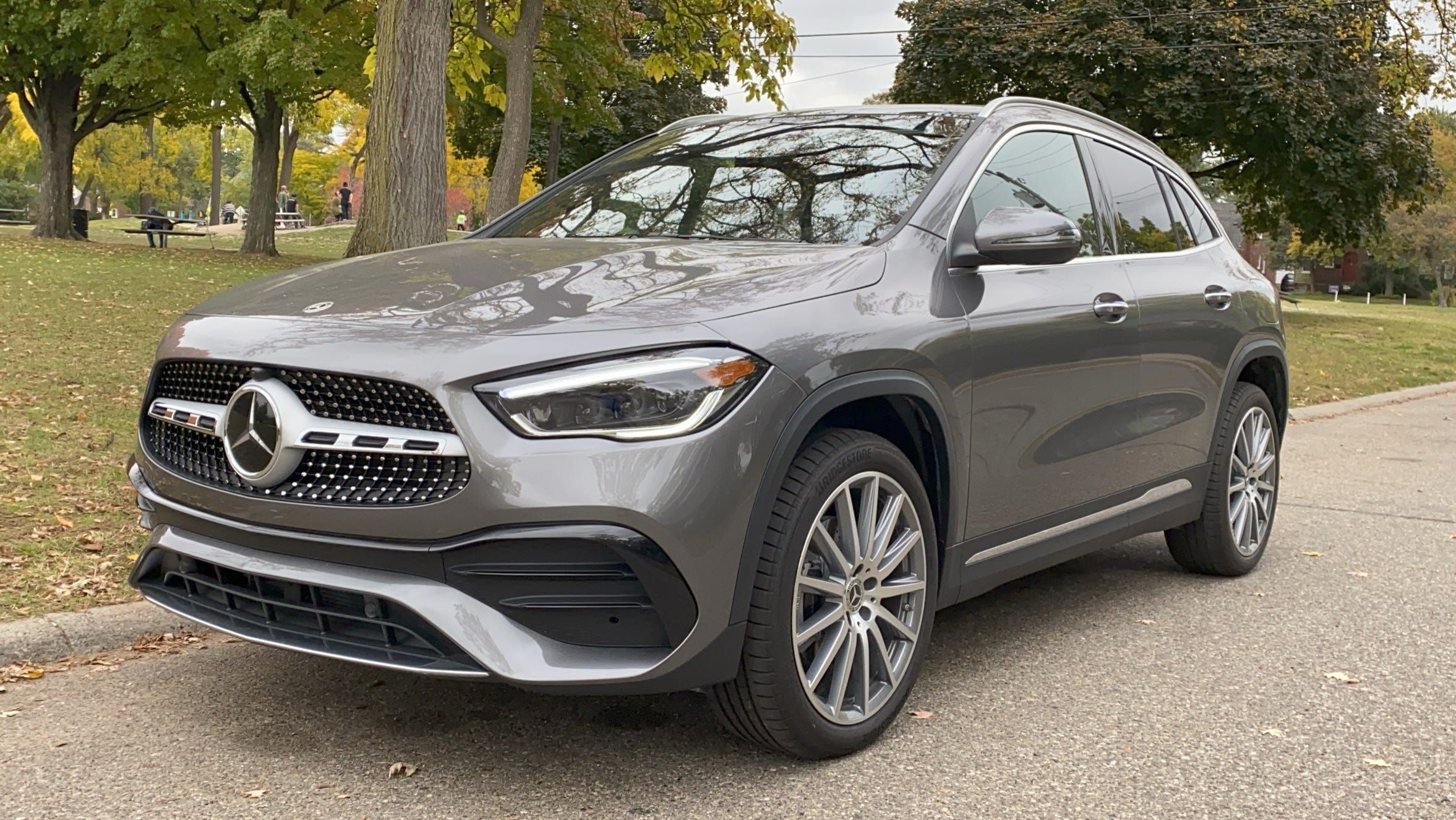 2021 Mercedes Gla250 Is A Good Small Suv But Is That Good Enough Small Suv Best Small Suv Small Suv Cars