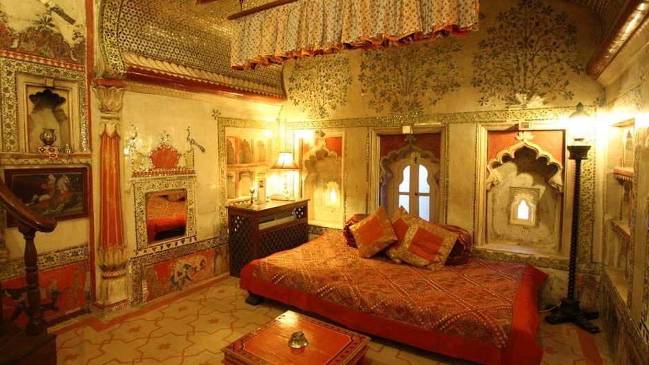 indian palace bedroom Indian Palace Bedroom - Deogarh Mahal, Devgarh, India
