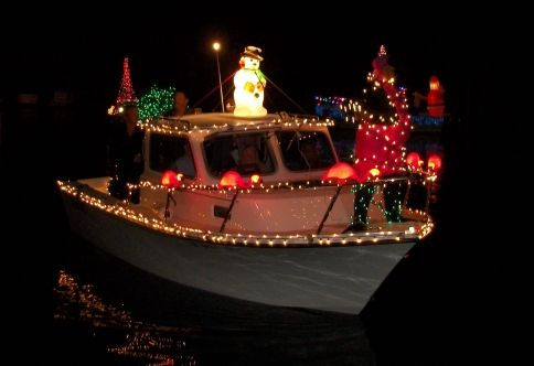 Christmas Boat Parade Decorating Ideas.Holiday Party Boat Decorating St Simons Island Ga