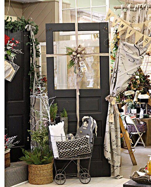 Best 25 Gift Shop Interiors Ideas On Pinterest: Best 25+ Christmas Shop Displays Ideas On Pinterest