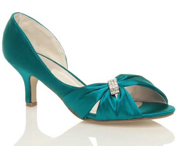 Turquoise Wedding Heels: A Stunning Turquoise Wedding Ceremony Footwear