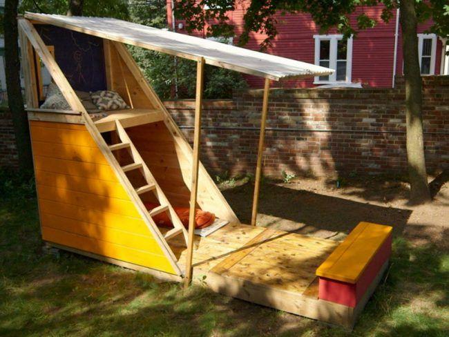 Gartengestaltung Ideen Versteck Holz Haus Leseecke Sand Leiter Tafel Spielhaus Garten Sandkasten Bauen Hinterhof Spielhaus